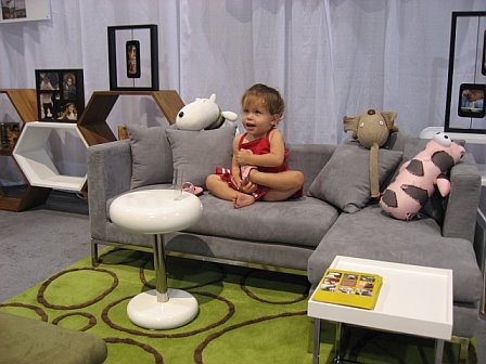Cute modern sofas and chairs for kids kids are from for Kids living room furniture